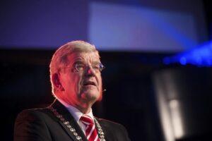 burgemeester-jan-van-zanen